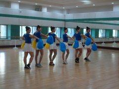 常熟理工学院集体舞:青春飞扬 舞出精彩